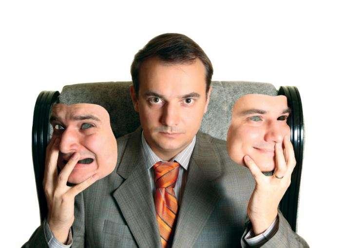 Как распознать, что человек врет: 7 практичных советов от агента спецслужб