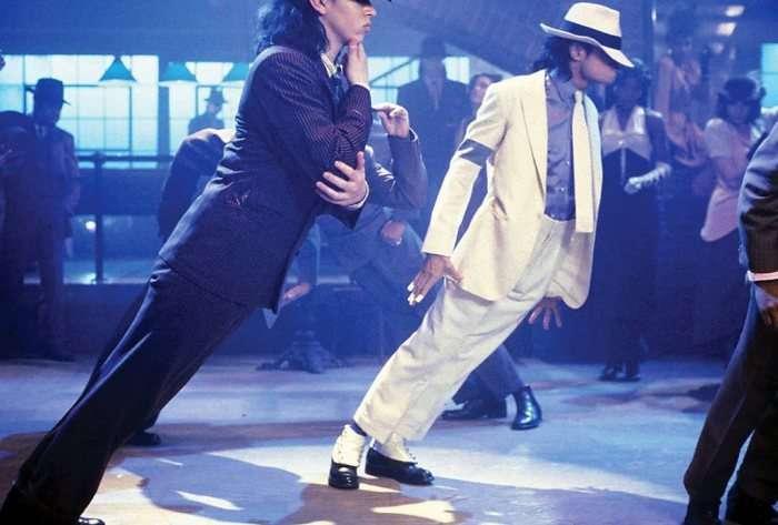 Как Майклу Джексону удалось победить силу тяжести, выполняя свой легендарный наклон