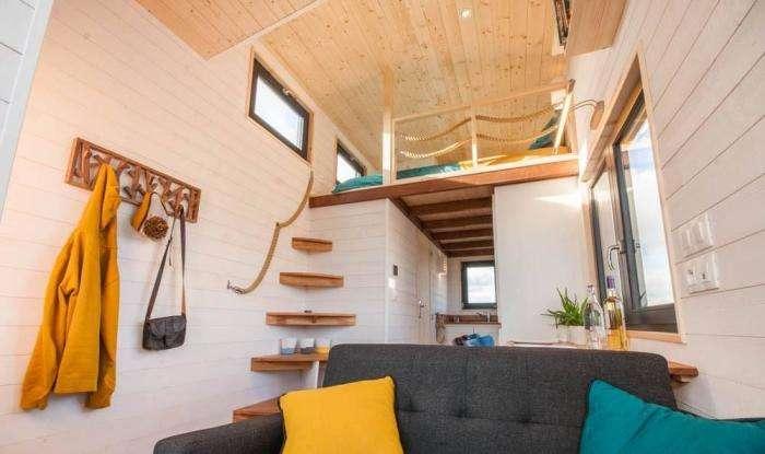 Дом на колесах, который кажется крошечным, но на самом деле очень просторный