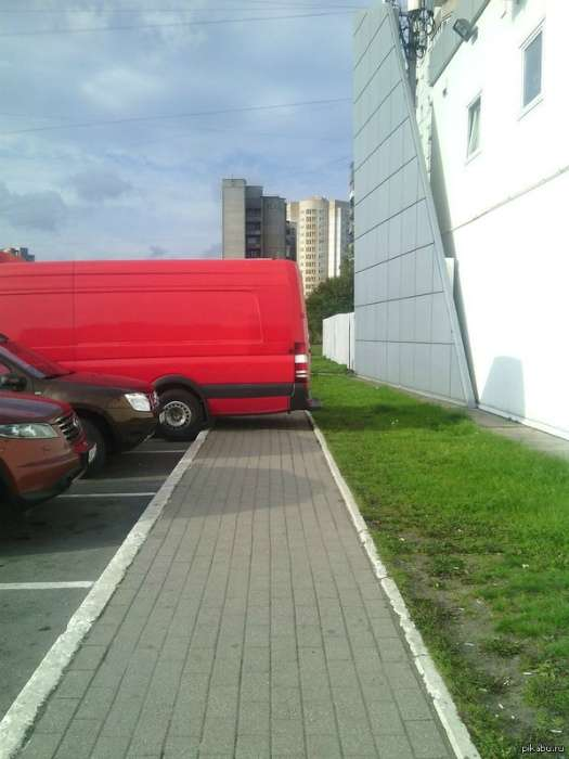 Умники, которые паркуются так, что ни в сказке сказать, ни пером описать