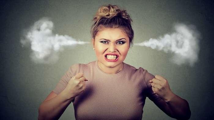 11 вещей, которые медленно, но верно уничтожают в девушке леди