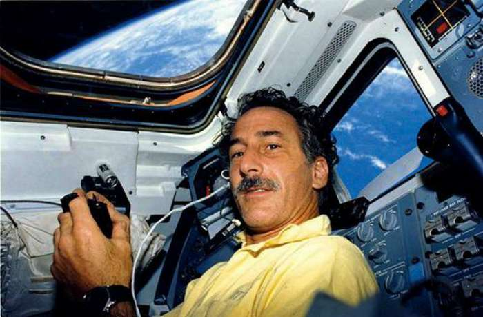 Пользователи Интернета пообщались с астронавтами NASA