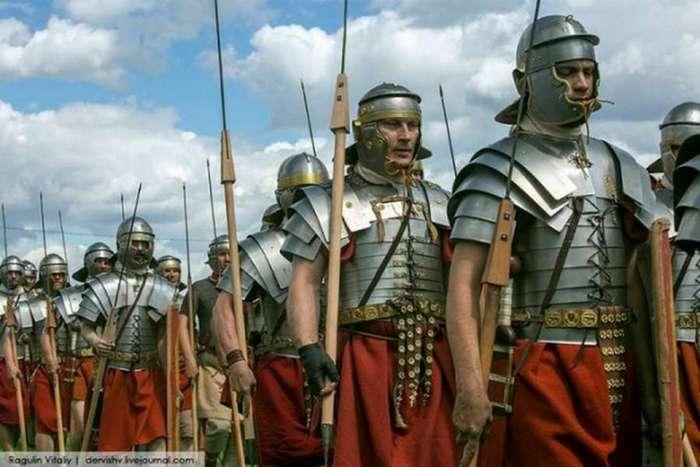 Это интересно : Судьба IX легиона (25 фото)