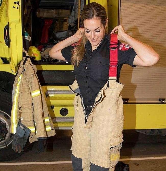 Огненно-горячий -Инстаграм- норвежской девушки-пожарного