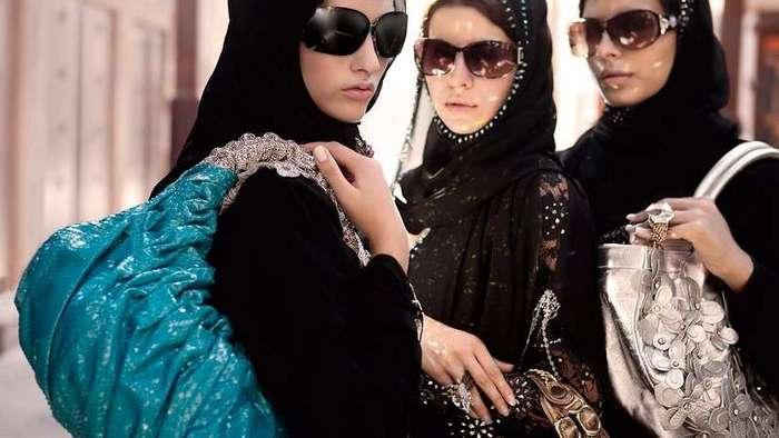 Вот какой видят семью арабы: шокирующие факты о знакомстве, свадьбе и семейном укладе в ОАЭ