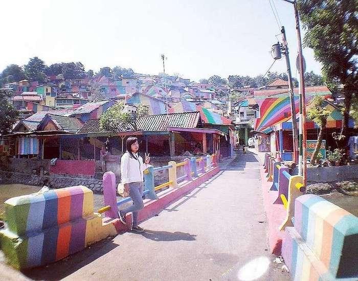 Эта -Радужная деревня- в Индонезии просто мечта инстаграмера