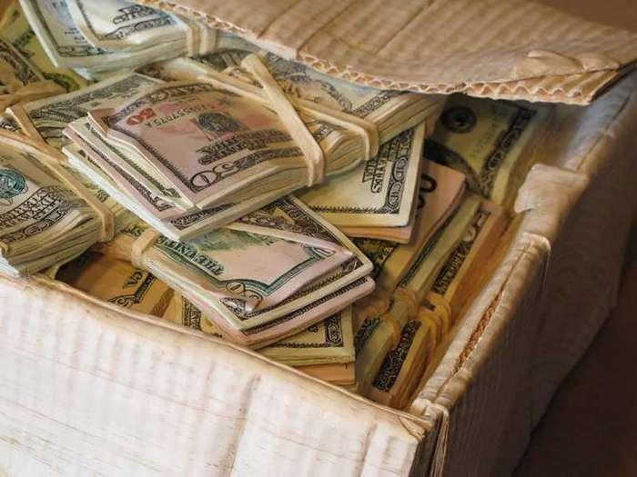 Как настрогать себе немного долларов
