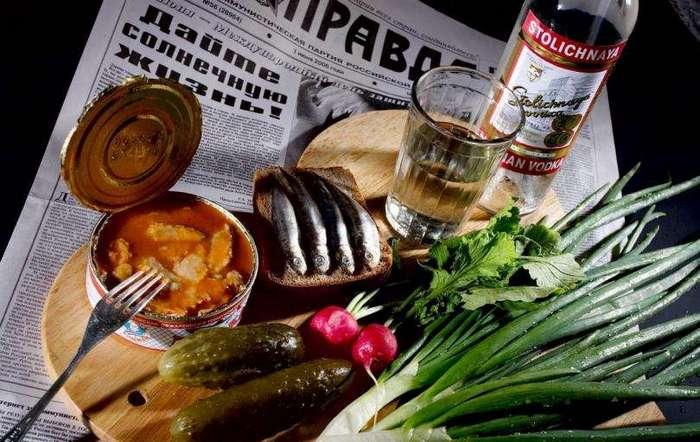 В какой стране больше всего пьют российской водки?