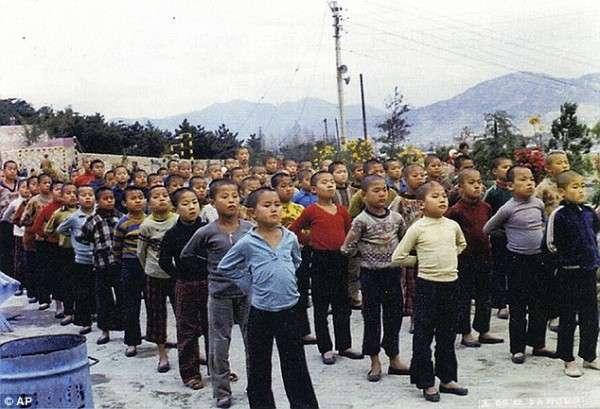 Детский трудовой лагерь -Brothers Home-, 1980–е годы, Пусан, Южная Корея