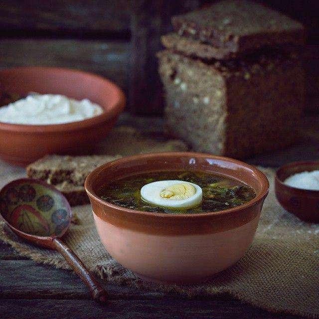 Суп из крапивы и щавеля с яйцом