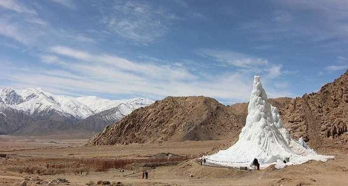 Зачем ледяная башня в пустыне?