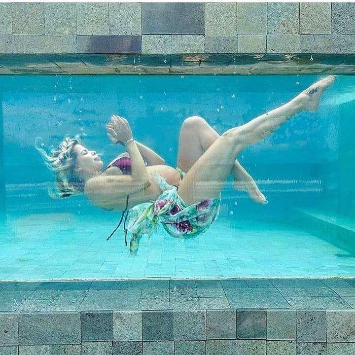 Новая мода у будущих мам: фотосессия в образе русалки