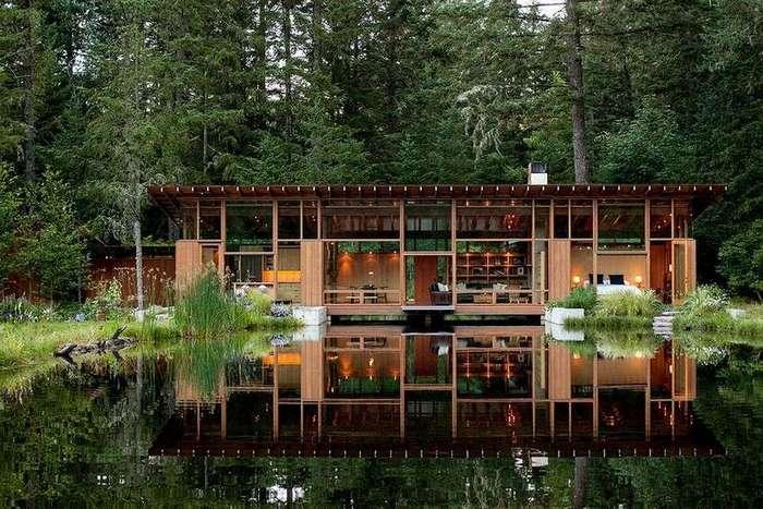 Резиденция на берегу пруда в США