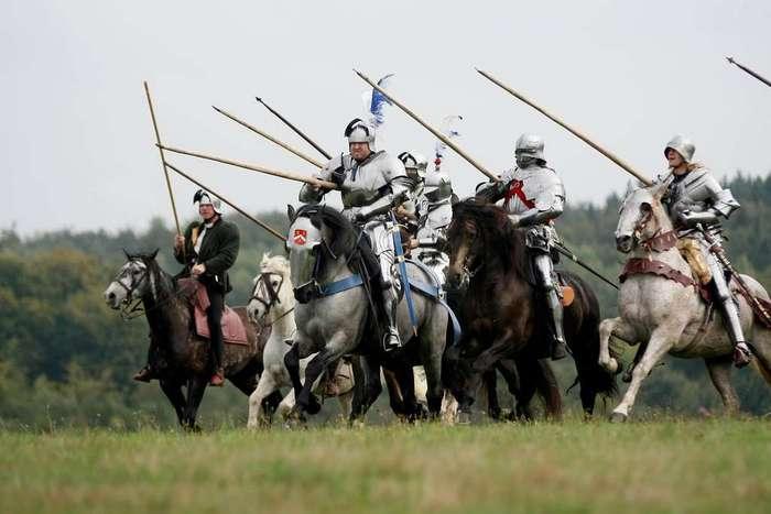 Почему армии слезли с лошадей и пошли в атаку пешедралом