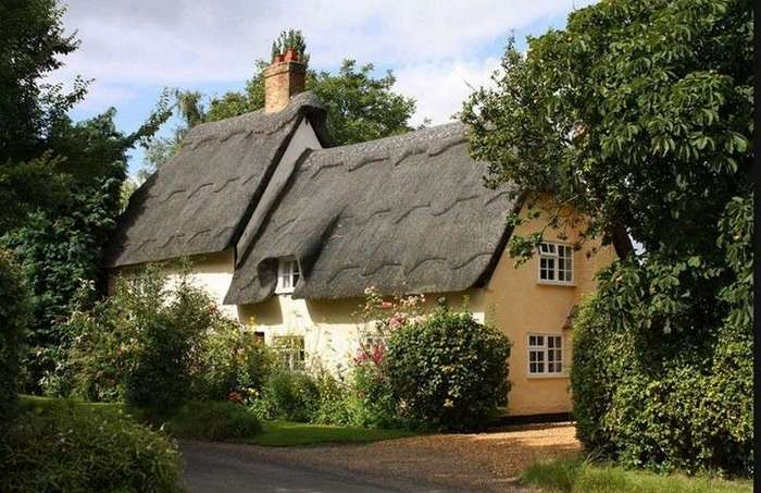 Соломенные крыши английской провинции