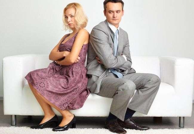 Пять способов, как неосознанно оттолкнуть мужчину