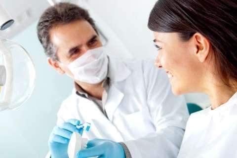 Ученые разработали вещество, которое оставит стоматологов без работы