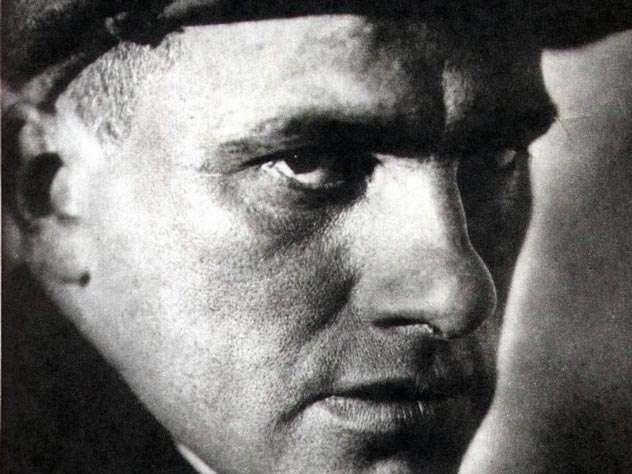 Тайна смерти Владимира Маяковского. Почему на самом деле покончил с собой Маяковский?