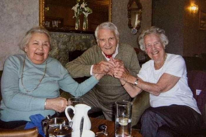 Пережившая холокост женщина и солдат, который ее спас, вместе уже более 70 лет.