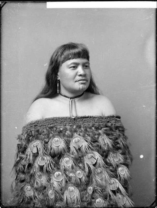 Колоритные портреты женщин маори со священными татуировками