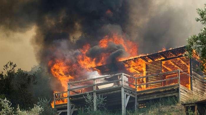 Буйство стихий: огонь и вода