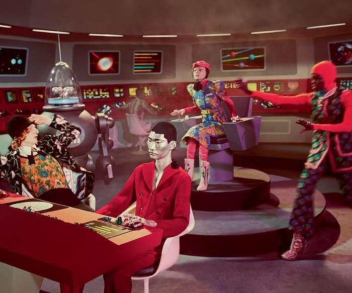 О, Гуччи! Новая кампания, вдохновленная старинными научно-фантастическими фильмами