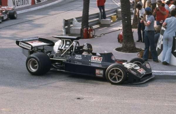 Поступок настоящего солдата: пилот Формулы-1 Дэвид Пэрли бросил гонку и пытался спасти коллегу на Гран-При Голландии 73'