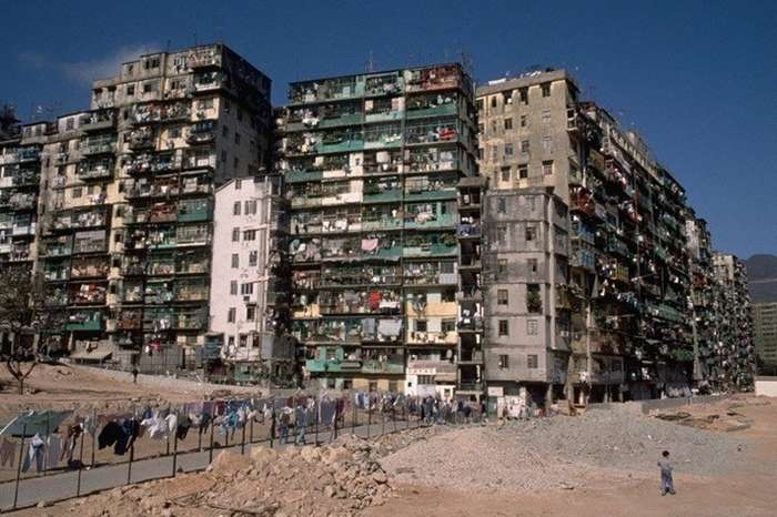 История самого густонаселенного района на планете