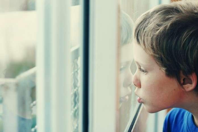 Аутизм будут лечить с помощью спрея с окситоцином - революционное открытие