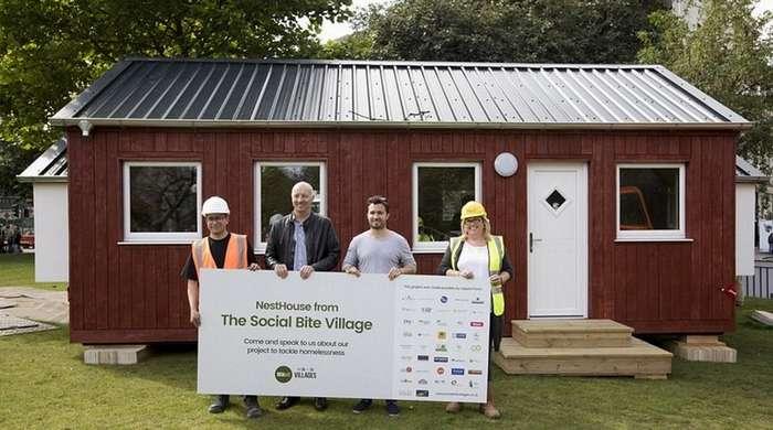 Деревня для бездомных в Шотландии