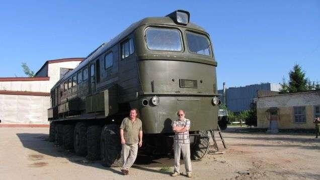 Кузов локомотива на шасси МЗКТ-7919, 2001-2002 годы