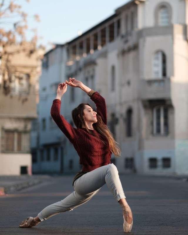 Артисты балета на улицах Сантьяго
