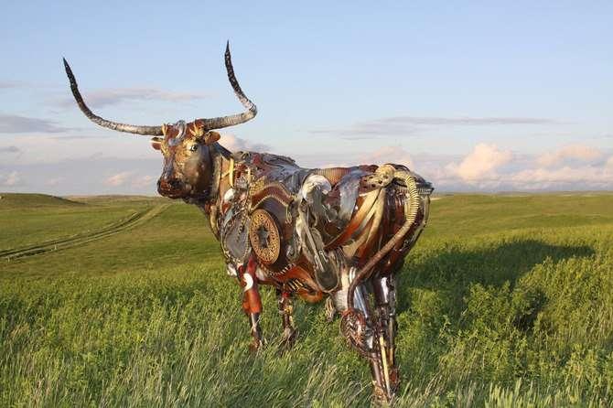 John Lopez. Скульптуры из старой сельхозтехники