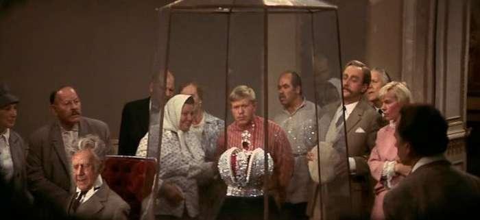 6 интересных фактов о фильме -Корона Российской империи, или Снова неуловимые-