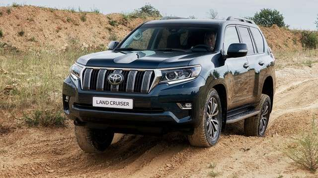 Обновленный Toyota Land Cruiser Prado.