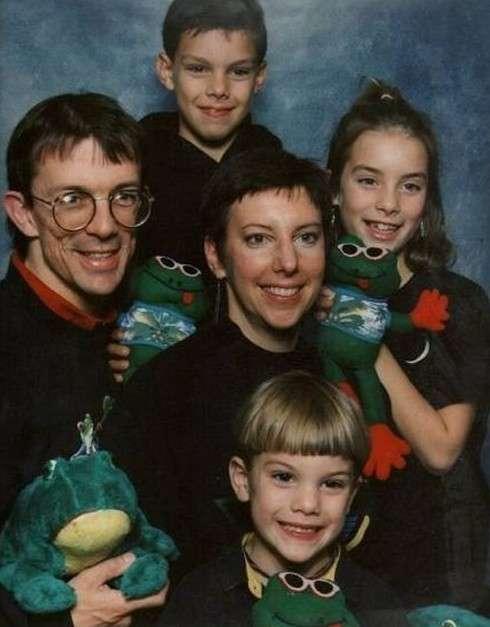 Открывая семейный альбом, вы не хотели бы увидеть эти фотографии
