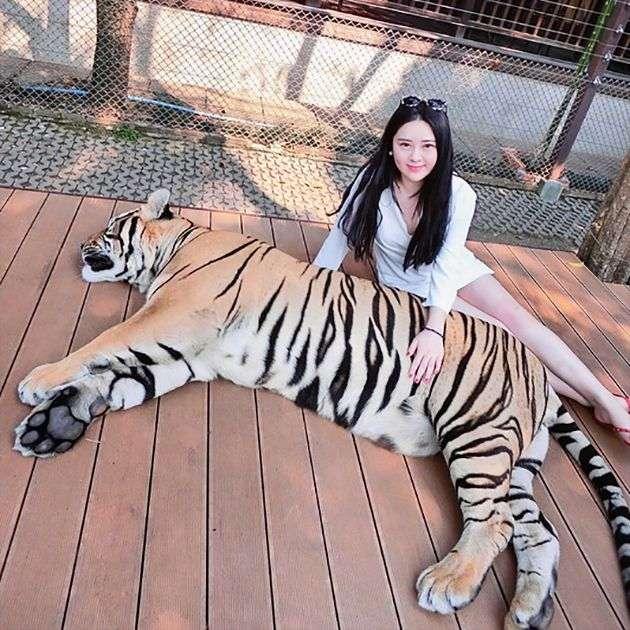 Золотая молодежь Китая на фото из соцсетей