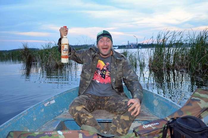 На рыбалке положено пить!
