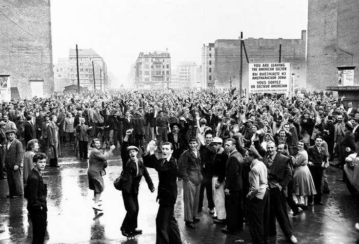 Как немцы в ГДР в 1953 году пытались выгнать -советских оккупантов-
