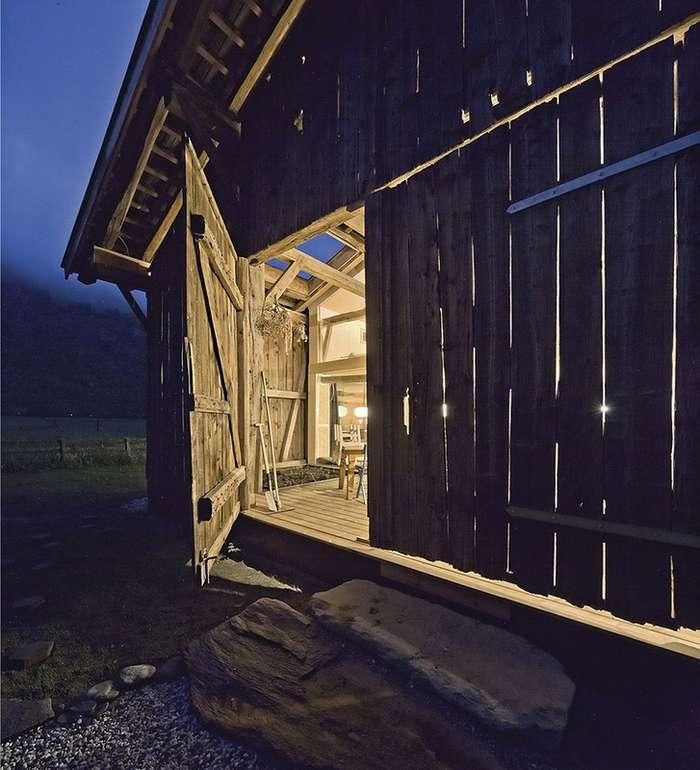 Реконструкция заброшенного 150-летнего сарая в Австрии