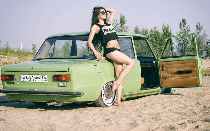 25 лучших фото девушек с -Жигулями-
