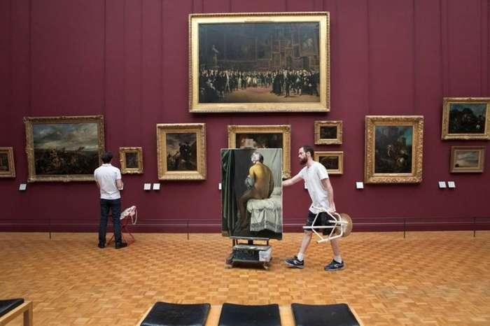 Как выйти из Лувра с шедевром