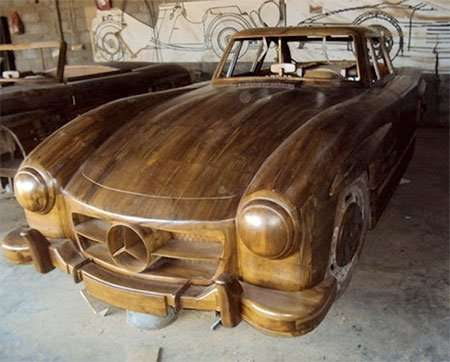 Деревянный Mercedes-Benz 300SL Gullwing 1955