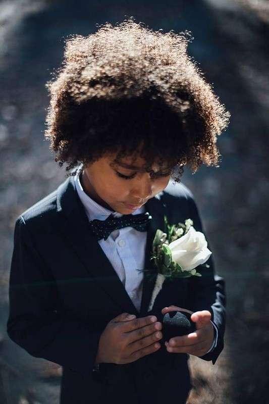 Мамы-фотографы устроили своим маленьким детям свадебную фотосессию