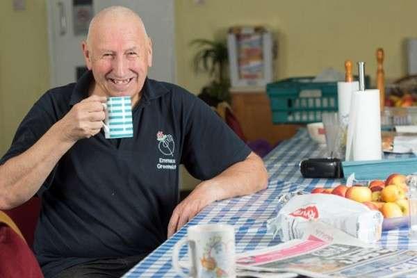Английского дедушку запилила жена, он ушёл жить в лес и пять лет был абсолютно счастлив