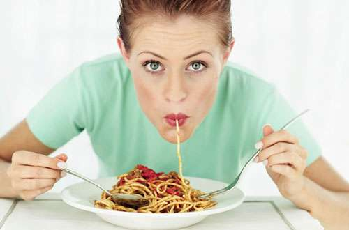 10 причин, почему постоянно хочется есть