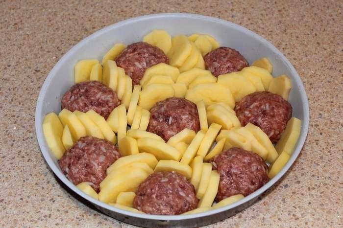 Как накормить всю семью с помощью 200 грамм фарша: вкусный бюджетный ужин, cъедают до последней крошки