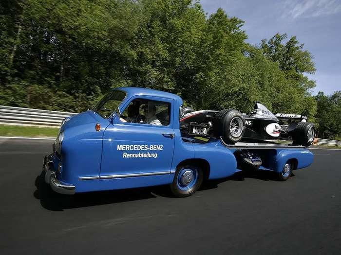 """Грузи и вали: история транспортера Mercedes-Benz """"Das Blau Wunder"""""""