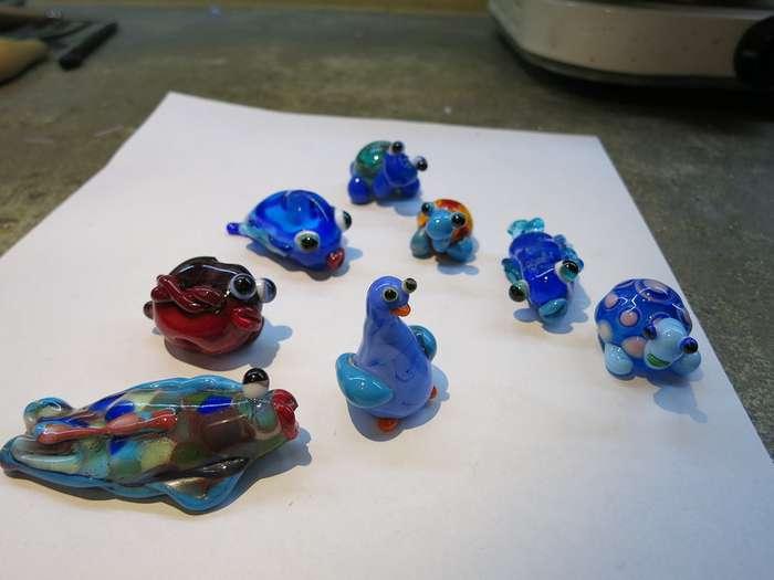 Как делают стеклянные игрушки