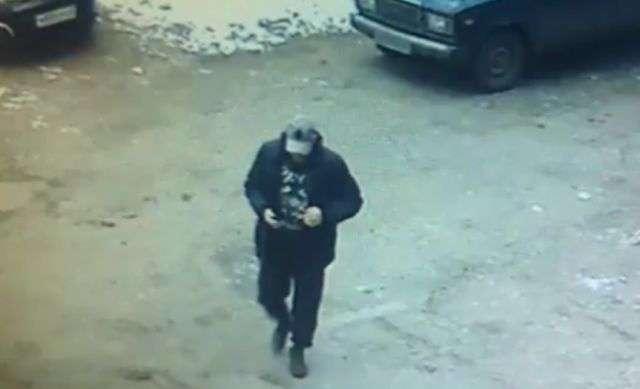 В Кирове ограбили ювелирный магазин, проделав дыру из подвала
